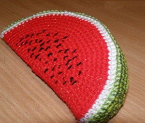Knitted-watermelon-(1)