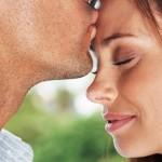 عکس اهمیت بوسه در روابط زناشویی,عکس اهمیت بوسه,عکس اهمیت بوسه لب