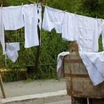 داستان حکمت آموز کوتاه(رخت های نه چندان تمیز از دیدگاه همسایه),رخت های نه چندان تمیز از دیدگاه همسایه