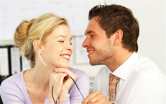 عشوه زناشویی,عشوه در زناشویی,عشوه در روابط زناشویی