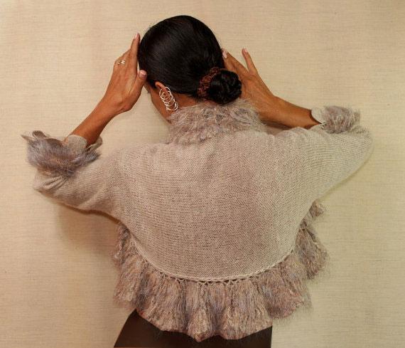 Knitted-Balrv-model-(15)