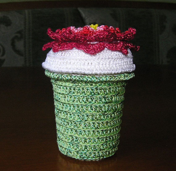 Knitted-Bucket-(1)
