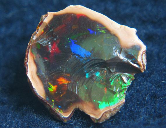 خواص سنگ اوپال,سنگ اوپال,خواص اوپال,درباره سنگ اوپال,عکس سنگ اوپال