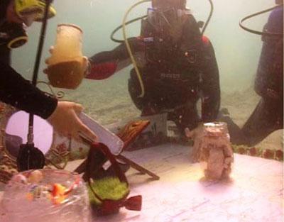 سفره هفت سین زیر آب