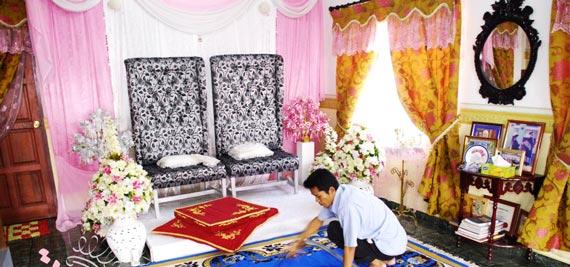 تزیین جایگاه عروس و داماد,تزیین جایگاه عروس و داماد در منزل,تزیین جایگاه عروس و داماد در خانه