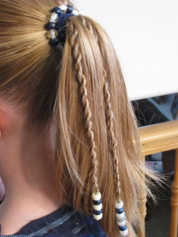 Texture-of-hair-with-beads-(16)