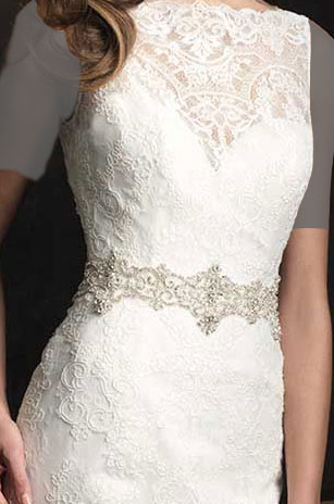 لباس عروس کلاسیک