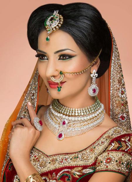 مدل آرایش صورت هندی,عکس آرایش صورت عروس هندی,عکس آرایش صورت هندی