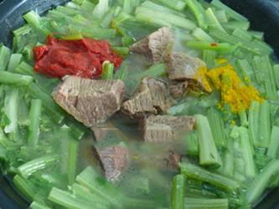 خورش کرفس با لوبیا, خورش کرفس با لوبیا قرمز, خورش کرفس با لوبیا چشم بلبلی,طرز تهیه خورش کرفس با لوبیا,خورشت کرفس با لوبیا